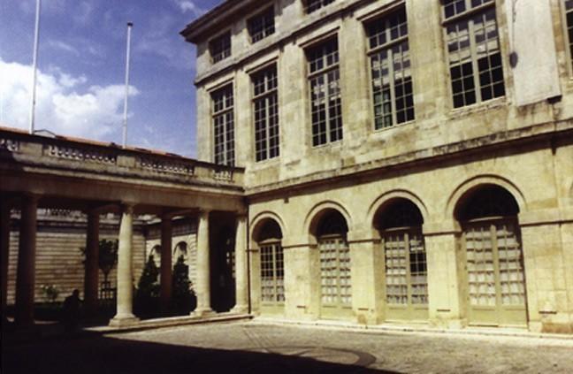 Hôtel de la Bourse à la Rochelle