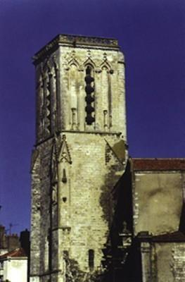 Église St-Sauveur, clocher (17)