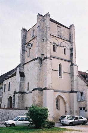 Jouarre : tour de l'abbaye bénédictine