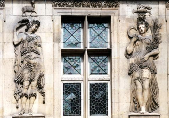 Paris, musée Carnavalet - les 4 saisons de Jean Goujon (75)