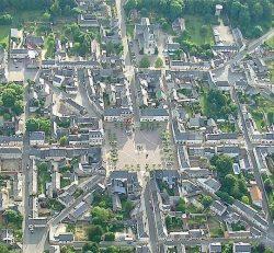 Vue aérienne d'Henrichemont (18)