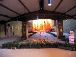 Église de la Réconciliation à Taize ( Bourgogne)