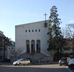 Le temple actuel Place Édouard-Normand