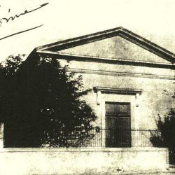 <i>Ancien temple de St Georges-de-Didonne avant sa démolition en 1945</I>