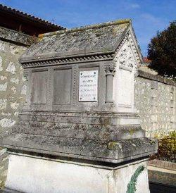 Tombeau de la cantatrice Hortense Schneider au cimetière protestant de Bordeaux (2015)