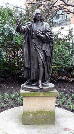 Statue de John Wesley à la Cathédrale Saint Paul de Londres