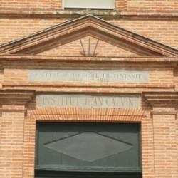 Montauban – Entrée de l'ancienne faculté de théologie protestante (1809-1919)