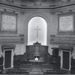 Chœur du temple du Saint-Esprit à Paris vers 1960